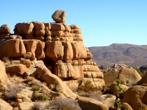 joshua tree balancing rock