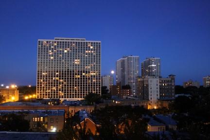 Chicago Full moon, Uptown chicago, Buena Park chicago