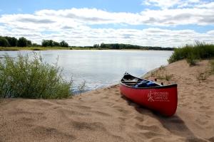 canoeing, camping, Wisconsin River, beach, Wisconsin Canoe Company